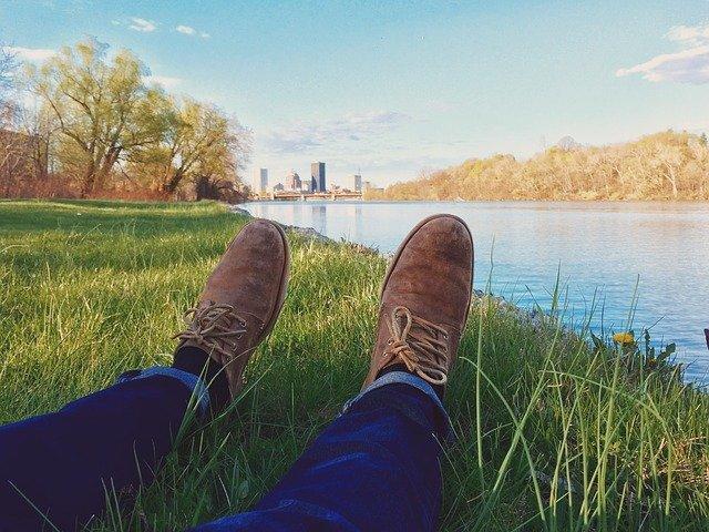 feet relax