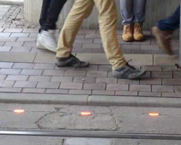 Sidewalk Trafic Llights