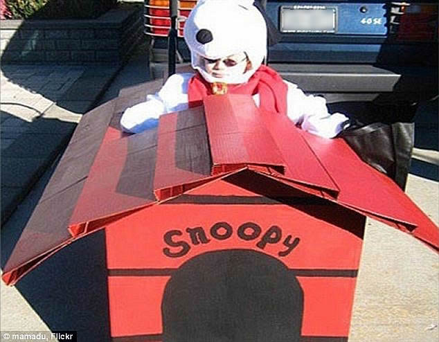 snoopy wheelchair costume