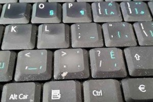 Top 10 Signs Your Computer Keyboard Needs To Be Cleaned