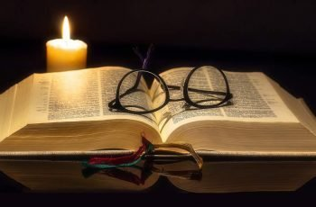 Bible Glasses Candle