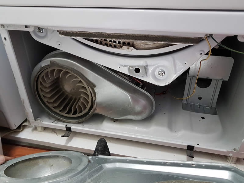 Cleaning Dryer Lint System 010